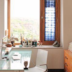 Geninne Zlatkis' studio window
