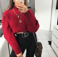 When it comes to neat summer season outfits, there are plenty of looks to choose from, but always stylish is modern. Tumblr Outfits, Mode Outfits, Trendy Outfits, Winter Outfits, Fashion Outfits, Christmas Outfits, School Outfits, Fashion Ideas, Outfit Chic