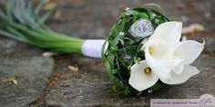 Bridal bouquet with calla flowers Floral Bouquets, Wedding Bouquets, Wedding Dress, Wedding Bracelet, Diy Wedding Decorations, Bridal Flowers, Just Married, Floral Wedding, Wedding Inspiration