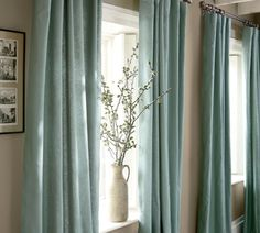 Peyton linen cotton drape These curtains will instantly renew the look of your home decor. If you're ready for an update but not a full-blown makeover, just try changing the colour of your curtains. Teal Curtains, Home Curtains, Blue Curtains Living Room, Blue Drapes, Curtain Styles, Curtain Designs, Curtain Ideas, Home Living Room, Living Room Decor