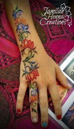 Glitter and Henna www.- Glitter and Henna www.JamilahHennaC… Glitter and Henna www. Henna Tattoo Ink, Henna Body Art, Henna Tattoo Designs, Henna Mehndi, Henna Art, Mandala Tattoo, Henna Designs Easy, Latest Mehndi Designs, Hena Designs