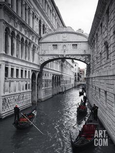 Art.fr - Photographie 'Bridge of Sighs, Doge's Palace, Venice, Italy' par Jon Arnold