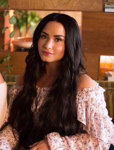 Demi Lovato so/sx Demi Lovato Body, Demi Lovato Style, Demi Lovato Hair, Camp Rock, Miley Cyrus, Selena Gomez, Demi Love, Demi Lovato Pictures, Grunge Hair