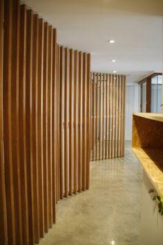 Ideas de #Decoracion de #Recibidor, #Pasillo, #Estudio, estilo #Moderno diseñado…