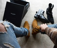 Look Smarter in Men's Boots – Men Shoes Site Ysl Boots, Mens Shoes Boots, Mens Boots Fashion, Shoe Boots, Biker Boots, Botas Outfit, Chelsea Boots Outfit, Harry Styles, Gentleman Shoes