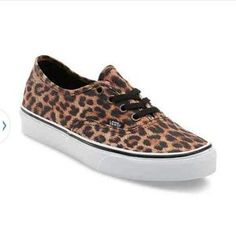 I just discovered this while shopping on Poshmark: Vans Leopard Authentic (Black/Brown). Check it out!  Size: 9.5