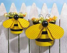 Cute bumble bee planters made from tins. Photo inspiration only. Great for birthday pencils!