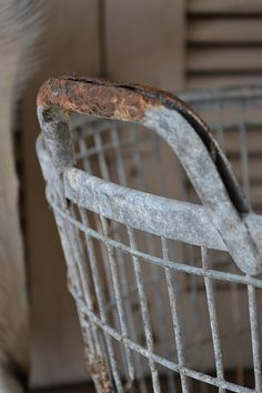 Oude aardappelmand (old Potato basket) www.blossombrocante.nl