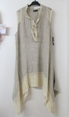 love the linen/lace Sarah Santos Lagenlook Beige Linen Lace Tunic Summer Dress Layered Oversized NEW Lace Tunic, Lace Dress, Trendy Dresses, Summer Dresses, Look Fashion, Womens Fashion, Fashion Trends, Altered Couture, Linens And Lace