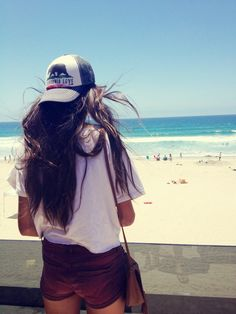 """Goin back to CALI""  @Lilia Diaz-Matteotti"