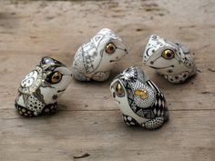 """""""Черно-белые Лягушата (Black and white frogs)"""" by Anya Stasenko and Slava Leontyev (2010)"""