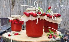 Home made rosehip jam NejRecept. Home Canning, Preserves, Food And Drink, Homemade, Christmas Ornaments, Fruit, Holiday Decor, Cooking, Gluten Free