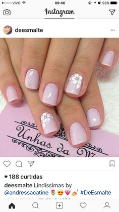 Decorado sencillo pero con clase in 2020 Cute Toe Nails, Cute Acrylic Nails, Fancy Nails, Pink Nails, Pretty Nails, My Nails, Classy Nails, Stylish Nails, Floral Nail Art