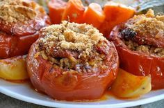 Make Yemista: Stuffed Tomatoes with Rice and Ground Beef: Summer Tomatoes Stuffed with Rice and Ground Meat - Yemista Greek Stuffed Peppers, Stuffed Tomatoes, Yemista Recipe, Tomato Rice, Greek Cooking, Greek Dishes, Ground Beef Recipes, Mediterranean Recipes, Greek Recipes