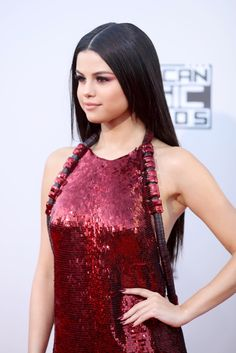Selena gomez at AMAs 2015