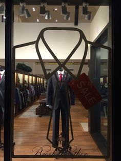 "BROOKS BROTHERS,San Francisco,CA,USA,""SHIRT and TIE COMBO OFFER on SALE"",uploaded by Ton van der Veer"