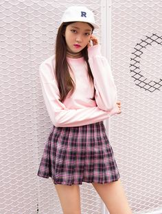 [MIXXMIX] PLEATED PLAID MINI SKIRT; with one of those 90's fuzzy pink sweaters instead of the tshirt, no hat, velvet choker, knee highs.