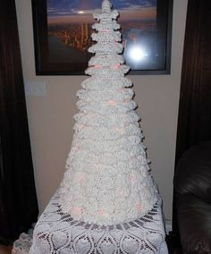 10 Wonderful Crochet Christmas Trees ok mom I have the tablecloth now I need the tree :)