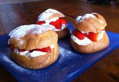 parijse soezen Dutch Recipes, Sweet Recipes, Eclairs, Sweets Cake, Bread Baking, High Tea, No Bake Desserts, Cake Cookies, Cupcakes