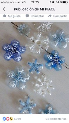 Plastic bottle crafts for kids, preschoolers and adults. Craft project ideas using water and liter bottles. How to make crafts using plastic bottles. Recycle ideas for children. Make flowers, jewelry. Noel Christmas, Winter Christmas, Christmas Ornaments, Snowflake Ornaments, Diy Snowflakes, Snowflake Craft, Outdoor Christmas, Recycled Christmas Decorations, Office Christmas