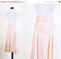 ON SALE 25 Off  Gunne Sax / Gunne Sax Skirt / Skirt / by aiseirigh, $36.00
