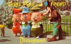 17 Horrifying Vintage Pictures of Disneyland Characters | Mental Floss. And yet, I'm the first to proudly admit I LOVE these costumes. Something about the design gives them the cartoonish quality that better captures the characters than more human proportions ever could.