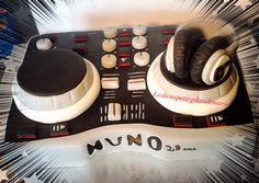 Gâteau platine DJ Console, Creations, Cakes, Pastries, Torte, Cookies, Animal Print Cakes, Layer Cakes, Cake