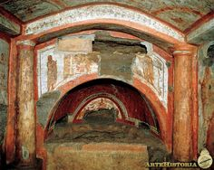 Domitilla Catacomb (Rome). Decorating a grave
