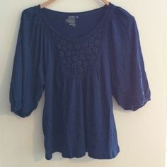 Old Navy Flowy blouse with detail NWOT femenine blouse. Its a blue top that really goes with anything in your closet :) Old Navy Tops Blouses