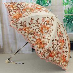 Fancy Umbrella, Vintage Umbrella, Umbrella Wedding, Umbrella Art, Folding Umbrella, Under My Umbrella, Umbrella Painting, Cute Umbrellas, Umbrellas Parasols
