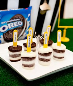 Game Day Referee Inspired Pudding Pops: layered white chocolate and OREO chocolate puddings. YUM! :) #football #party #HomeBowlHero