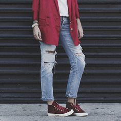 #burgundy. Ankle jeans.