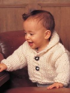 Chunky Knit Baby Cardigan Pattern Free : 1000+ images about Knitting on Pinterest Wrist warmers, Baby cardigan and B...