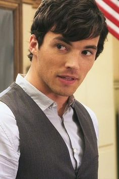 "Ezra -100 ""Pretty Little Liars"" Characters Who Could Be ""A"""