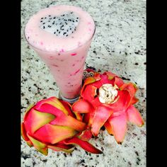 This is one of my favorite smoothies so far! Soursop (guanabana), pineapple,  homemade almond milk, maca, ginger and tofu topped with a gorgeous dragon fruit heart.  Loveit!!