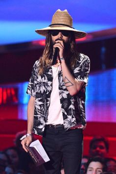 Pin for Later: Can't-Miss Moments From the MTV Movie Awards Jared also rocked his music festival ensemble on stage later.
