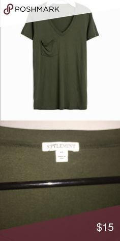 STYLEMINT POCKET TEE Great Casual Tee. Excellent Condition. Slightly Oversized. Bundle and Save 😉 Tops Tees - Short Sleeve