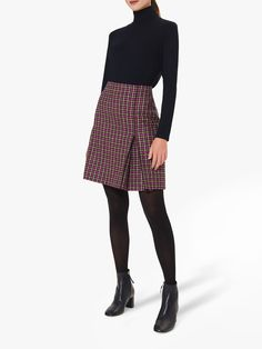 Cute Office Outfits, Simple Work Outfits, Preppy Outfits, Skirt Outfits, All Black Professional Outfits, Professional Attire, Smart Casual Women, Smart Casual Outfit, Business Casual Outfits For Women