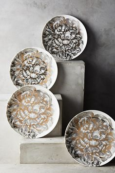 intricate golden dessert plates