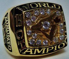 1992 Toronto Blue Jays MLB World Series Championship Replica Rings Softball Pitching Machine, Baseball Pitching, Baseball Training, World Series Rings, Mlb World Series, Blue Jays World Series, Baseball Ring, Cool Rings For Men, Mlb Wallpaper