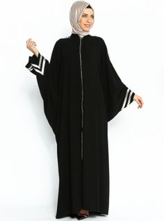 Abaya bat-armed Ferace - Black - Kazzaz