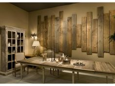 It is not surprising for us that pallet wood can be used for wall decoration. Yes, now you can make DIY pallet wall decoration pieces which are very simple pallet wall art and give a fascinating look at your home. So now you can add creativity to you Pallet Wall Art, Pallet Walls, Pallet Furniture, Wood Wall Decor, Barn Wood Decor, Wood Walls, Diy Home Decor, Room Decor, Art Decor