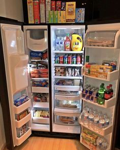 41 how to create the perfectly organized fridge and freezer (you can try 4 Refrigerator Organization, Kitchen Organization Pantry, Organized Fridge, Kitchen Storage, Organization Ideas, Storage Ideas, Apartment Checklist, Apartment Goals, 1st Apartment