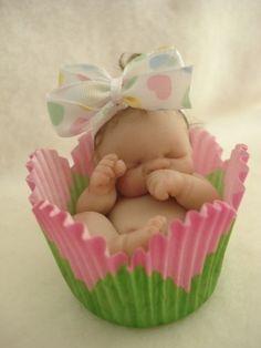 Omg baby cupcake!