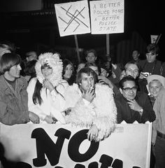 """Sonny and Cher protesting during the Sunset Strip curfew riots (also known as the """"hippie riots"""") in Los Angeles California December 11 1966 California Dreamin', Los Angeles California, I Got You Babe, Told You So, Cher Concert, Cher Bono, Snap Out Of It, Sunset Strip, Lovey Dovey"""