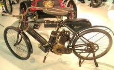 1911 Pope Columbia Vintage Indian Motorcycles, Vintage Motorcycles, Custom Motorcycles, Push Bikes, Motorized Bicycle, Ford Gt40, Dodge Viper, Cool Bikes, Car Show