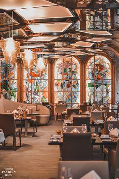 GRAZ TIPP: Casinos Austria Graz, Restaurant mit Gourmet Dinner und die besten Cocktails in GrZ Beste Cocktails, Graz Austria, Restaurant, Vienna, Sisters, German, Night, Travel, Dinner
