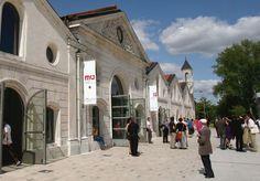 LA CITÉ DE LA BANDE DESSINÉE - Angoulême - France  http://angouleme-hotels.argos.travel/a-decouvrir/1-la-cite-internationale-de-la-bande-dessinee-et-de-l-image