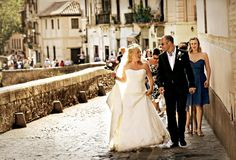 #Bride and #Groom walking through the old Streets of #Granada