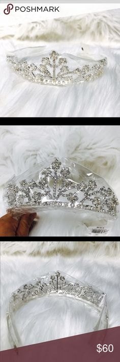 Regal Wedding Tiara or Headpiece. Brand new with tag wedding tiara. Gorgeous combination of  silver and pearl. Jewelry
